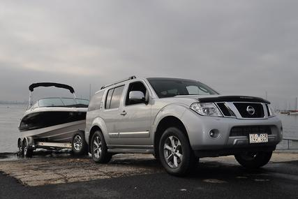 nissan pathfinder ti 550 tow test boat news review advice. Black Bedroom Furniture Sets. Home Design Ideas
