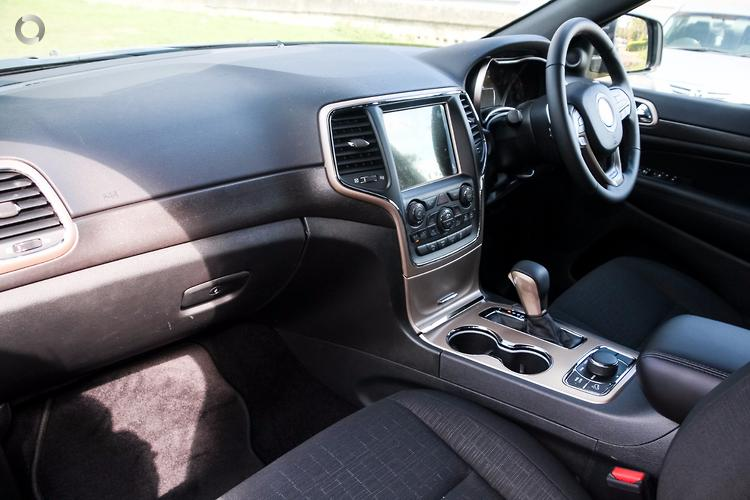 2017 Jeep Grand Cherokee Laredo Auto 4x4 MY17