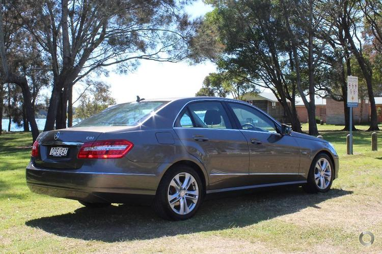 2010 Mercedes-Benz E250 CDI BlueEFFICIENCY Avantgarde Auto