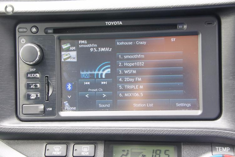 2013 Toyota Prius C Auto