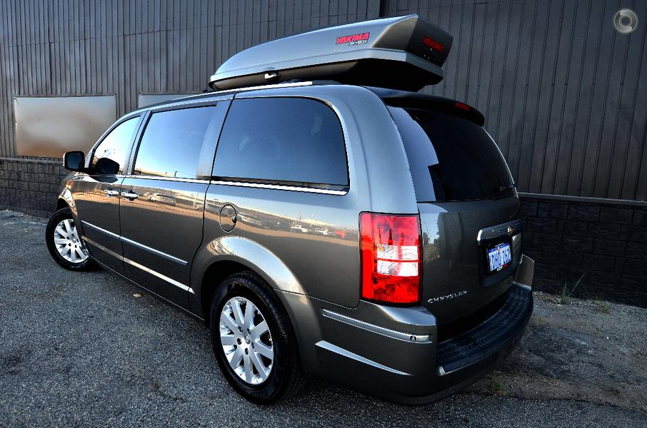 2010 Chrysler Grand Voyager Limited Auto MY10