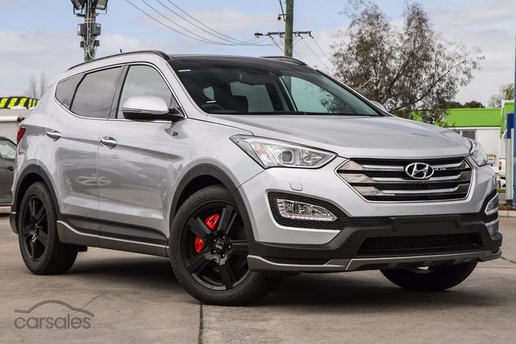 Hyundai Launches Santa Fe Sr Range Topper Motoring Com Au