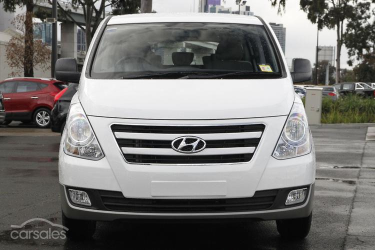 2017 Hyundai Imax  TQ3-W Series II
