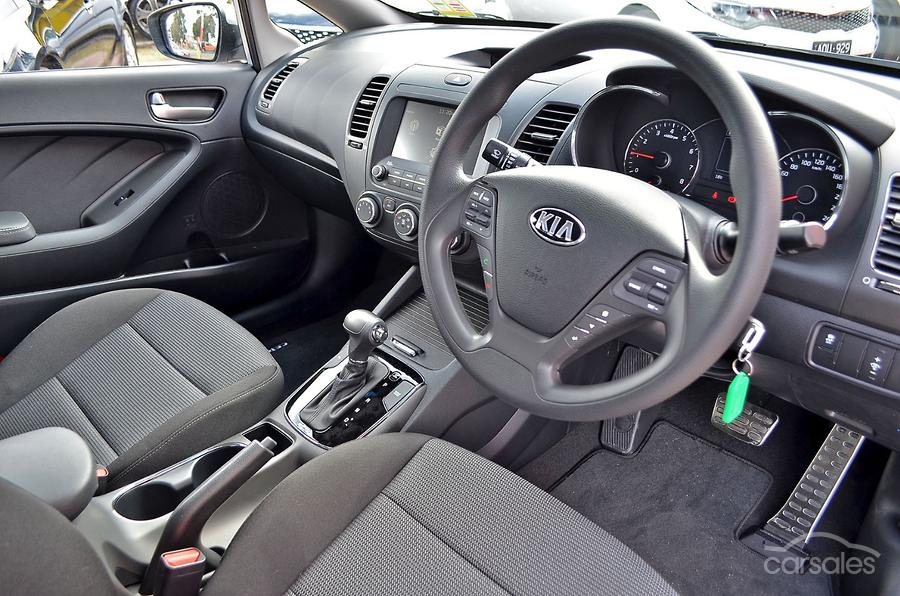 2017 Kia Cerato S YD