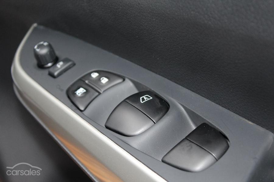 2017 Nissan Navara ST-X D23 Series 2