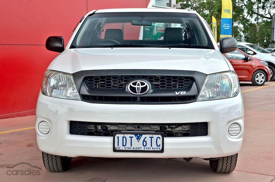 2010 Toyota Hilux SR GGN15R
