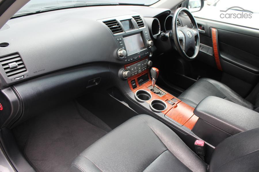 2010 Toyota Kluger Grande GSU40R
