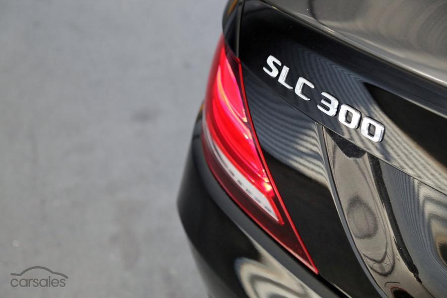 2016 Mercedes-Benz SLC 300 Roadster