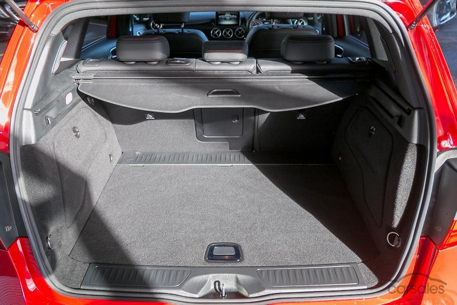 2016 Mercedes-Benz B 200 Hatch