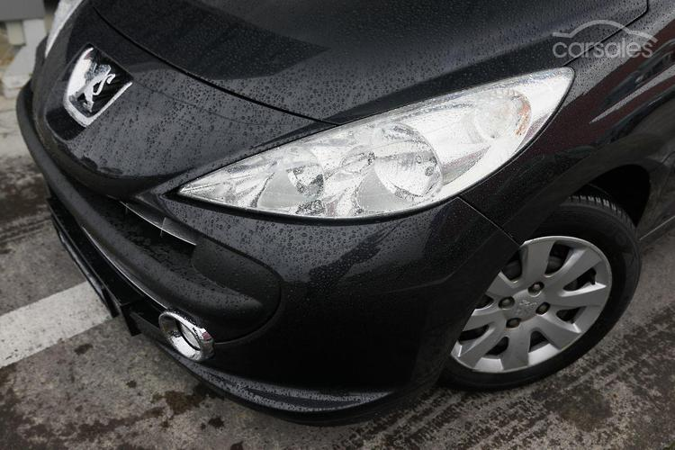 2008 Peugeot 207 XT A7