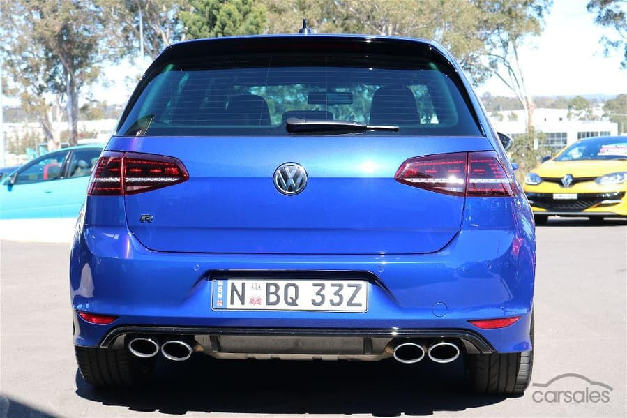 2015 Volkswagen Golf R 7