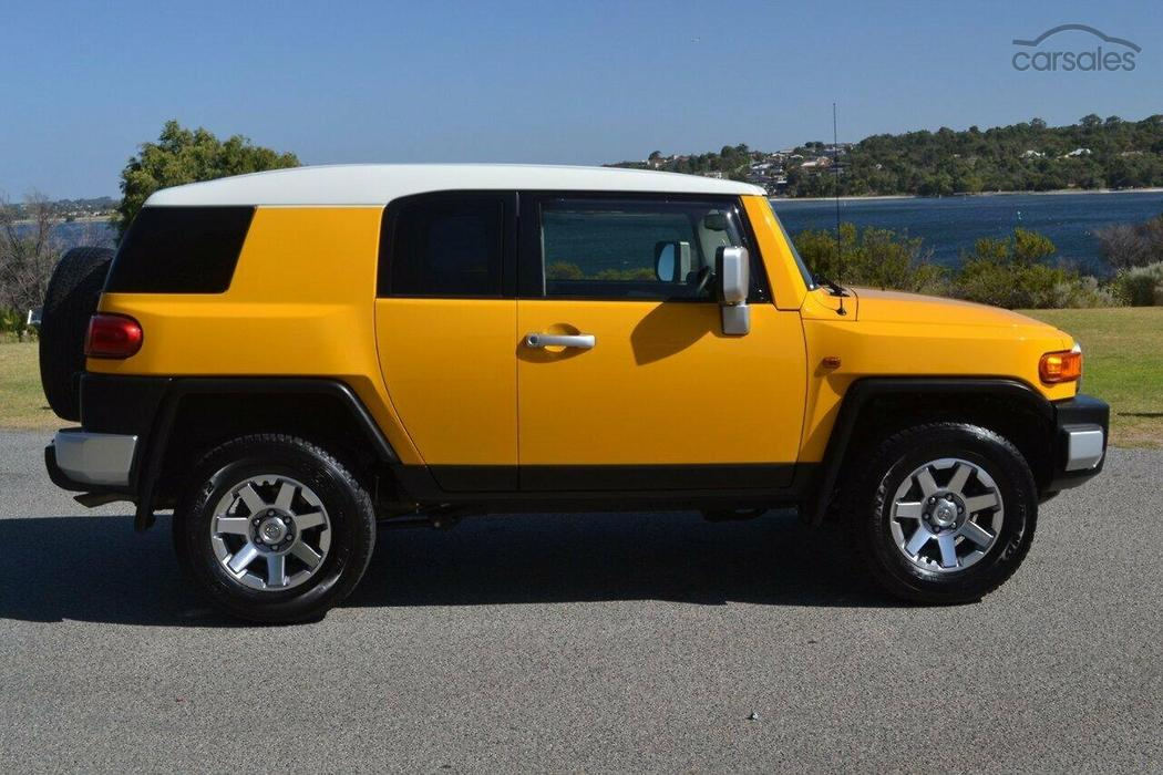 new used toyota fj cruiser cars for sale in australia. Black Bedroom Furniture Sets. Home Design Ideas