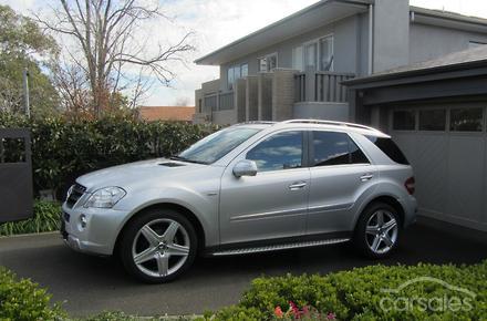 2009 mercedes benz ml300 cdi blueefficiency amg sports for Mercedes benz car payment