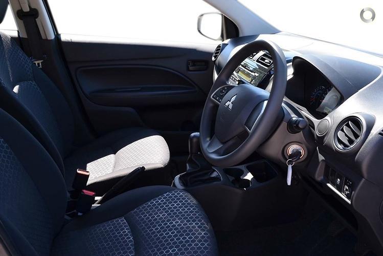 2016 Mitsubishi Mirage ES LA Manual MY15
