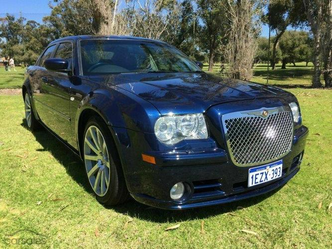 chrysler 300 srt8 2013 road test. Black Bedroom Furniture Sets. Home Design Ideas