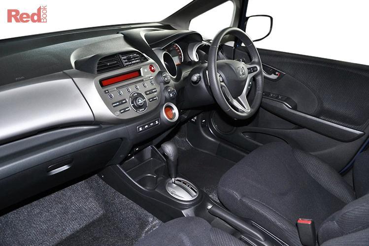 2014 Honda Jazz Vibe-S GE MY14