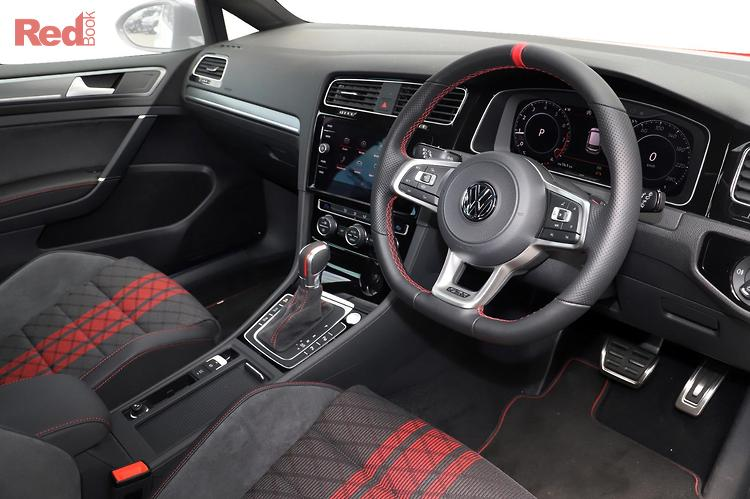 2020 Volkswagen Golf GTI TCR 7.5 MY20