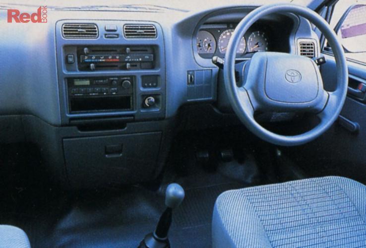 2000 Toyota Hiace SBV LWB RCH22R